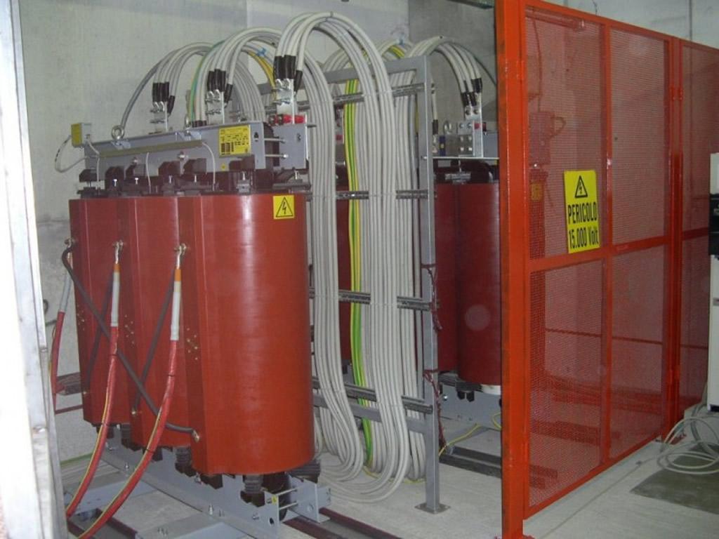 Cabine di trasformazione media bassa tensione per fil s n c for Costo di raccordo della cabina di log